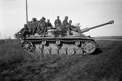 """StuG III • <a style=""""font-size:0.8em;"""" href=""""http://www.flickr.com/photos/81723459@N04/9186921682/"""" target=""""_blank"""">View on Flickr</a>"""