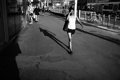 blinded (gato-gato-gato) Tags: abend leica leicam9 leicasummiluxm35mmf14 m9 samstag schweiz sommer sonne strasse street streetphotography zueri zuerich flickr gatogatogato rangefinder wwwgatogatogatoch zrichdistrict zrich black white schwarz weiss bw blanco negro monochrom monochrome blanc noir kreis4 aussersihl werd langstrasse hard kreischeib kreis5 industriequartier gewerbeschule escher wyss leicasummiluxm35mmf14asph 35mm gatogatogatoch manualfocus manuellerfokus manualmode digital mensch person human pedestrian fussgnger fusgnger passant switzerland suisse svizzera     sviss zwitserland isvire strase onthestreets zurich zurigo zri