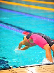 Fly! (sifis) Tags: sports pool start butterfly championship nikon action athens greece speedo nationals 70200 100m swimmig acion sakalak d700