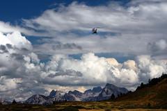 Rundflug über den Dolomiten (mikiitaly) Tags: italy südtirol hubschrauber autofocus dolomiten bestcapturesaoi sailsevenseas elitegalleryaoi eltringexcellence elementsorganizer11
