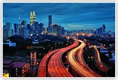 Kuala Lumpur Blue Hour (Vin PSK) Tags: bluehour kualalumpur klcc petronastwintowers