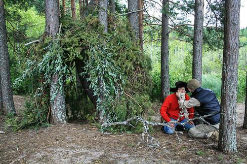 Подготовка шалаша и отшельника