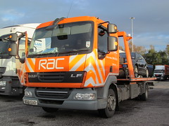 BG61EAO RAC DAF LF Flatbed recovery truck at Birch Services 31-10-2013 (furytingar) Tags: people orange truck manchester driving champion lorry lf birch rac services recovery rochdale flatbed m62 daf motorists bg61eao
