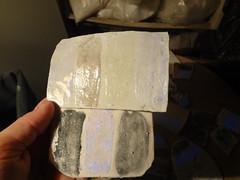 Esmaltes cermicos que brilham no escuro (Beth Coe Maeda) Tags: ceramics potter glowinthedark glaze pottery ceramique ceramist emaille artesano smalto potier ceramiche glazes glasur ceramista keramiker vidriado pottemager glaure
