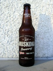 Twice As Mad Tom IPA (knightbefore_99) Tags: india ontario canada beer cerveza ale craft pale strong organic hop muskoka premium pivo twiceasmadtomipa