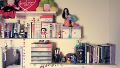 113 (grapemidnight) Tags: monster canon high origami room decoration books bookshelf gandalf hobbit tolkien iphone