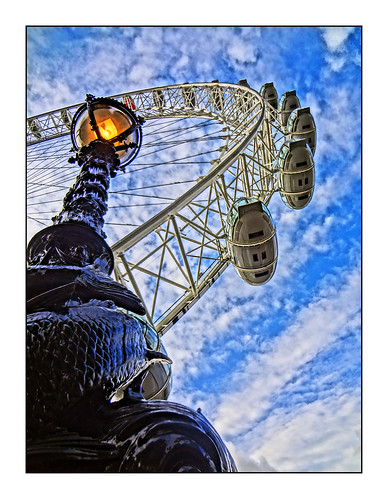 The London Eye by tim Constable