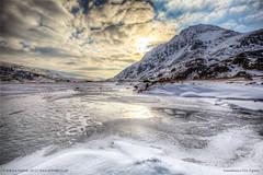 Llyn Ogwen, Snowdonia (eFRAME.co.uk) Tags: wales framed andrew framer frame framing snowdonia hdr pictureframes photoframes llynogwen eframe eframecouk 20120604