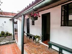 12127368853 2dbc40c7f7 m Antiguos Baños Públicos de Pamplona, hoy Residencias Femeninas