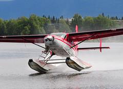 N675HP (John W Olafson) Tags: alaska caravan takeoff seaplane cessna vortices floatplane 208 lakehood rusts n675hp