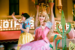 Princess Royal Court | Soundsational (chris.alcoran) Tags: lighting street people white snow color colors st canon lens mouse photography eos dancers disneyland main crowd disney mickey parade aurora belle l cinderella performers rapunzel ef humans tangled mickeys 6d 24105mm soundsational