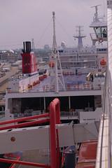 Hoek van Holland, Stena Hollandica to Stena Trader (Nik Morris (van Leiden)) Tags: ship shipping wismar stena stenaline hoekvanholland stenahollandica nx11 nordicyardswismar