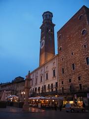 Piazza delle Erbe (M_Strasser 2 MM views, thank you!) Tags: italien italy night italia nacht verona bluehour italie blauestunde