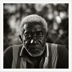 Seven Days in Havana (oscarparadela.com) Tags: portrait blackandwhite black 6x6 film analog vintage bokeh cuba bronica hp5 28 rodinal habana ilford f28 zenzanon havaba ps80