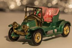 When I was a child... (Alias_Axel_Ryder) Tags: auto red 6 macro green rot car canon eos was child bokeh d bubbles renault when vehicle theme oldtimer axel grn ryder cabrio unscharf mondays cabriolet reifen sitze scheiben macromondays