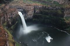 plummet (AidylJune) Tags: waterfall washington wanderlust waterfalls palouse palousefalls chasingwaterfalls waterfallwednesday wanderwashington