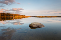 Big rock at Mrudden (- David Olsson -) Tags: sunset lake seascape water rock stone clouds reflections landscape mirror evening still nikon quiet sundown sweden relaxing calm boulder april mirrored late serene sten fx grad vr vnern d800 hammar vrmland 1635 2016 1635mm lakescape gnd skoghall reflecetion leefilters mrudden davidolsson 06hard 1635vr