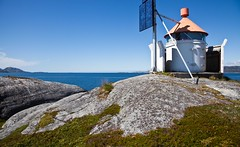 North Atlantic Lighthouse (estenvik) Tags: fyr fyrlykt storhauet 2016 erikstenvik estenvik juni nordtrøndelag norge norway salsnes folla north atlantic ocean coast kyst rynesset fosnes havstrand