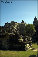 Len guardin Khmer (Mar Santorio) Tags: d50 nikon cambodia khmer lion leon siemreap guardian camboya
