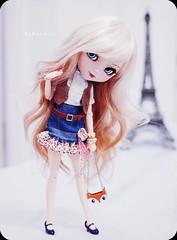 Paris ( MaL Pink  ) Tags: paris cute girl vintage bag doll dolls sweet girly hipster mint retro ring fox kawaii blonde bracelet pearl pullip boneca tiffany acqua aquel malupink bymalu