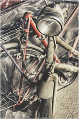 long forgotten (***toile filante***) Tags: old dusty bike d alt decay dirty dust past emotions fahrrad irt schmutz vergangenheit staub verfall gefhl schmutzig staubig