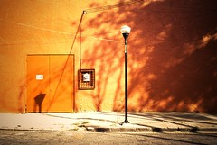 Naranja con sombras Coyoacan Street Mexico DF Farol Door Orange Color Hipster Time Shadows & Lights Mexico City (Dev/Null.MalKaViaN) Tags: door mexicocity farol orangecolor shadowslights hipstertime coyoacanstreetmexicodf