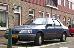 1991 Ford Sierra sedan 2.0i CLX Automatic (rvandermaar) Tags: 1991 ford sierra sedan 20i clx automatic fordsierra zt21xn sidecode4 rvdm
