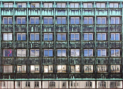 Chameleon (RosLol) Tags: copenhagen roslol copenaghen denmark danimarca kbenhavn facade architecture architettura windows finestre decay urban vesterport building