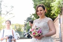 Waiting for... (Alberto Cassandro) Tags: wedding friends love bride nikon sigma happiness weddingparty weddingday weddingphotography sigmalenses nikond810 sigmaart sigma35mmart