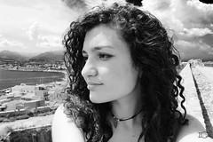 Il mio ritratto (ILARIA GENOVESE) Tags: blakandwhite black blackwhite me portrai face sun milazzo look viso smile eyes