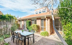 2/8 Clamp Place, Greenway ACT
