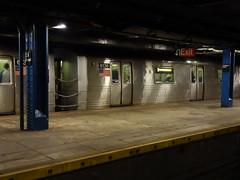 201605238 New York City subway station '59th Street  Columbus Circle' (taigatrommelchen) Tags: nyc newyorkcity railroad urban usa ny newyork station train subway manhattan railway tunnel icon midtown transit mta mass columbuscircle r46 20160518