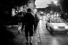 ~26~ (Julien.Rapallini) Tags: road street light man black france car night walking french women noir lumire voiture route ciel sombre casquette soir rue marche homme musique trottoir ain phares oyonnax femems