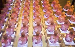 El buen perfume viene en frascos pequeos  -  The best things come in small packages (ricardocarmonafdez) Tags: pars urbano urban ciudad city envases frascos package color purple purpura patrones patterns luz light texturas textures detalles details urbandetails shops canon eos ricardocarmonafdez