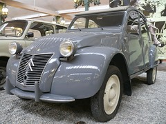 Citroen 2CV 1954 grey vlt (stkone - On vacation!) Tags: auto old france classic cars car museum french frankreich classiccar automobile foto fotografie francaise antique alt cit voiture muse musee collection coche alsace older historical oldtimer frankrijk francia classiccars elsass clasico schlumpf ancienne ancien mulhouse classique sammlung elzas vhicule automobiel alsacia schlumpfcollection citdelautomobile museenational collectionschlumpf citedelautomobile musenational