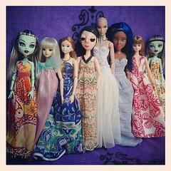 """มันมีนะ ของแปลก ไม่เข้าพวกอย่างมาก -..-"""" #monsterhigh #liv #doll #dollstragram #momokodoll #jenny #artdoll #fashiondoll #jdoll #fr"""