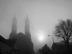 a cold, foggy morning in Strehlen, Dresden (Andr-DD) Tags: morning church fog germany deutschland dresden nebel saxony kirche sachsen churchofchrist morgen christuskirche strehlen