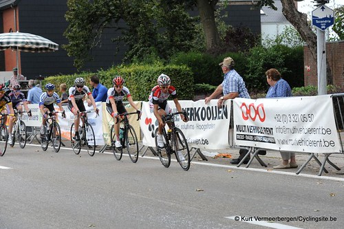 Minderhout (295)