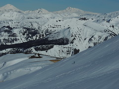 En el Cerro Dedos o Monjas (Mono Andes) Tags: chile andes invierno skitour esqui esquí volcán randonné chilecentral regióndelaaraucanía volcántolhuaca volcánlonquimay cerrolancú cerrodedos vallederánquil