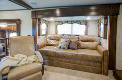 2014 Mountaineer (Keystone RV Company) Tags: rv camper keystonerv frontlivingroom fifthw mountaineermontana