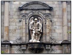 Esglsia de St. Miquel del Port, la Barceloneta, Barcelona (Jess Cano Snchez) Tags: barcelona espaa church canon spain iglesia catalonia barceloneta catalunya baroque ixus40 catalua barcelones barroco espanya ciutatvella esglesia barroc elsenyordelsbertins