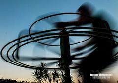 Twist (Luciano Shimomoto) Tags: brazil people playground backlight fuji twist luciano hs25 shimomoto