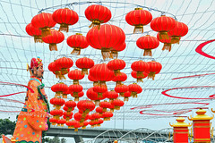 River Hongbao #6 (chooyutshing) Tags: decorations festival singapore display chinesenewyear celebration lanterns lunarnewyear cultural attractions 2014 marinabay yearofthehorse thefloatingplatform riverhongbao2014