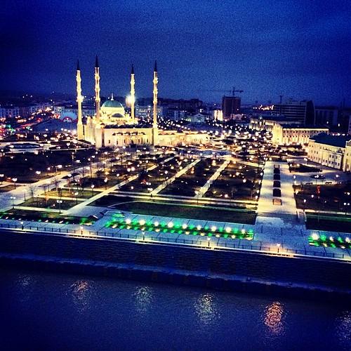#сердцечечни #мечеть #чечня #город #грозный #россия #ночь #красиво #russia #grozny #city #iphone5s #igers #instagood #instamood #like #likeit
