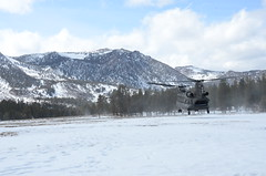 CNG Chinooks support Marines in high altitude air assault (Like us on Facebook at CAGuard) Tags: winter snow vertical usmc magazine palms hawaii utah high apache bravo aviation nine guard delta company national marines bridgeport chinook elevation stockton twenty regiment ch47 ah64 schooners californiaarmynationalguard marinecorpsmountainwarfaretrainingcenter 1126th