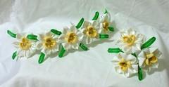 Narcisuss set (EruwaedhielElleth) Tags: bridge flower set hair japanese march pin maiko ornament geisha daffodil narcissus accessory tsumami suisen kanzashi kisetsubana