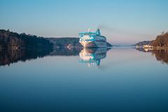 Morning sails (Evolved Vision) Tags: morning travel blue reflection sunrise ship fujinonxf35mmf14 fujixt1