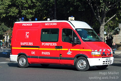 BSPP | Renault Master (spottingweb) Tags: rescue paris france fire ambulance renault master camion sp vehicle spotted van 18 emergency firefighter secours pompier spotting sdis spv brigade firebrigade psr urgence incendie intervention engin bless victime spotter fourgon vhicule sapeurspompiers camionnette vacuation firedepartement fourgonnette bspp premierssecours gyrophare vsab vsav servicedpartementaldincendieetdesecours brigadedesapeurspompiersdeparis spottingweb