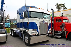 Kenworth K100 Cabover (Trucks and nature) Tags: show truck lights big diesel engine semi caterpillar turbo chrome rig wheeler 18 trucking sleeper kenworth lkw showtruck cabover lastbil k100