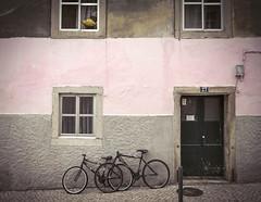 Queluz (Txetxu Rubio) Tags: portugal calle sintra bici queluz txetxurubio